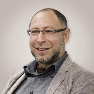 Fundador Igor Levin